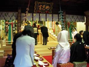 本殿挙式-御親族代表の玉串拝礼
