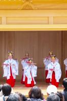 神楽殿-春季例大祭 創作神楽舞2
